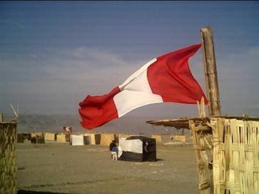 Bandera Nacional del Perú en AsentamientosHumanos