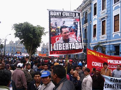 cartel plaza 2mayo