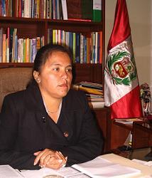 Congresista YanethCajahuanca