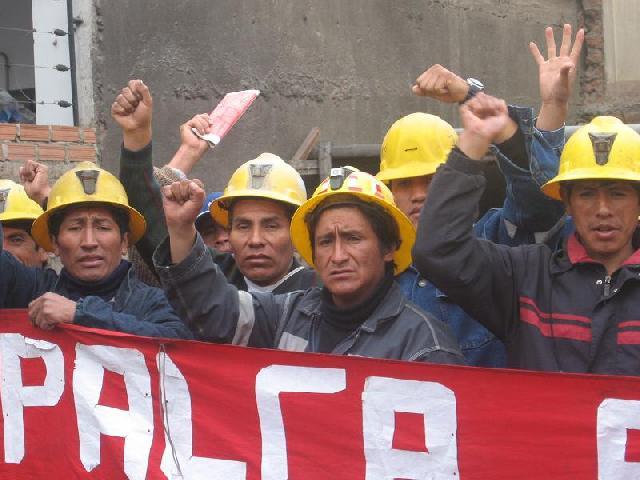 Trabajadores mineros de Casapalca