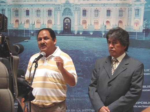 Alcalde de Marcona y Congresista Fredy Serna, denuncian apropiaciòn irregular de tierras de parte de minera china Shougang